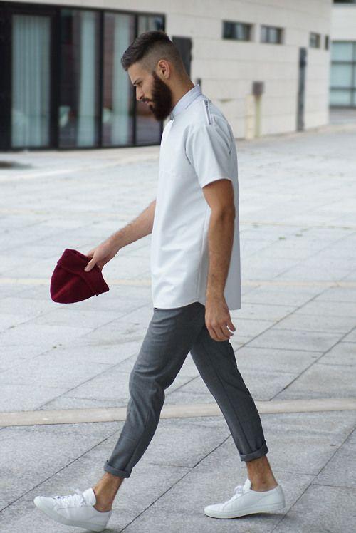Wardrobe Staple Menu0026#39;s White Sneakers | MiKADO