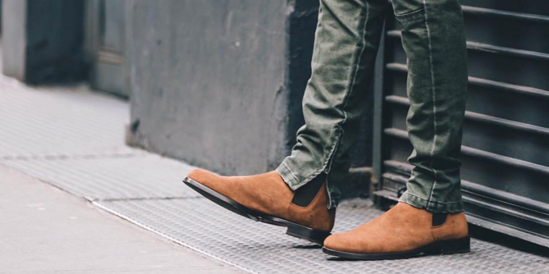 27d55be7b04 A Men's Guide on How to Wear Chelsea Boots I MiKADO